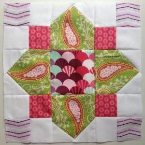 Quatrefoil-quilt-block-550x550